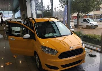 sari-cast-folyo-taksi-kaplama-ford-transit-connect